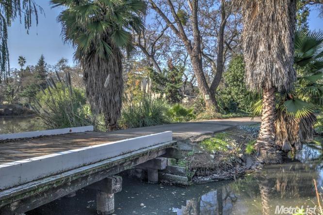 2035 W Lincoln Road, Stockton, CA 95207