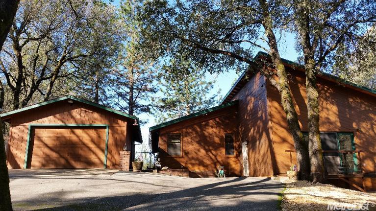 1140 Cerro Vista Dr, Auburn, CA