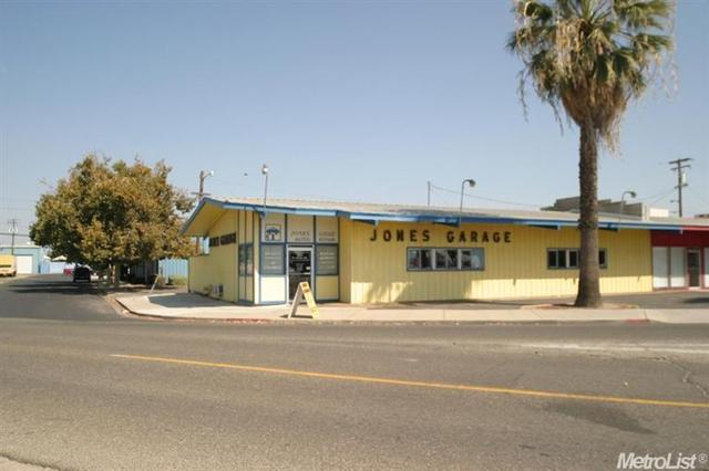 351 W Canal Dr, Turlock, CA 95380