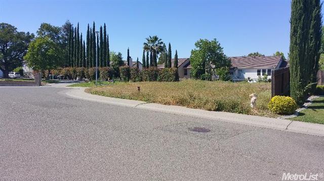 8518 Rapozo Ct, Antelope, CA 95843