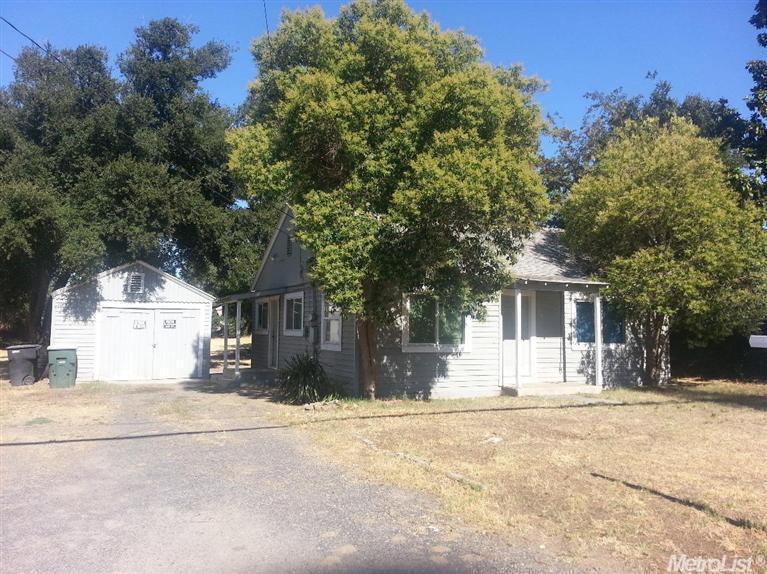 544 Brighton Ave, Modesto, CA