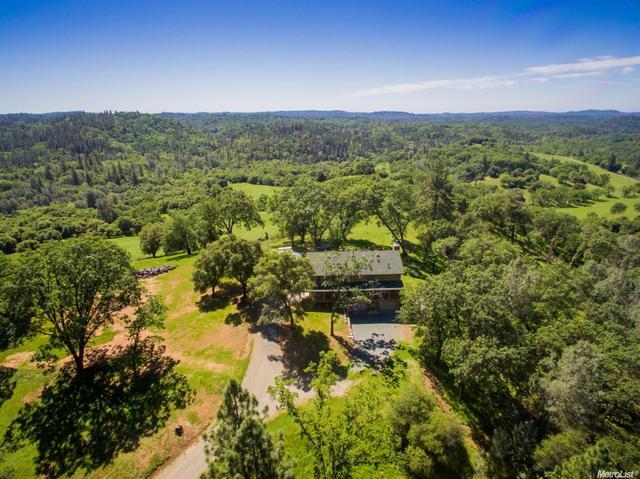 20172 Applejack Dr, Grass Valley, CA 95949