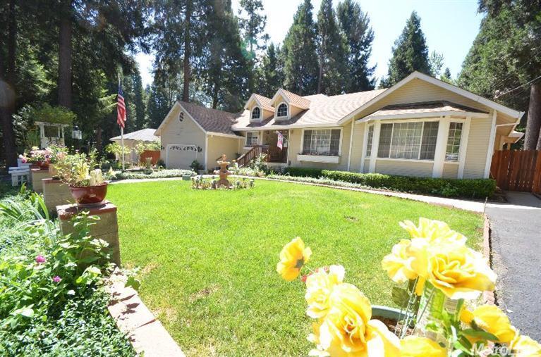 6448 Agra St, Pollock Pines, CA