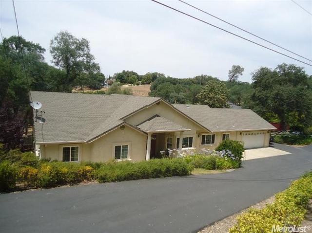 2466 Barbour Rd, Valley Springs, CA 95252