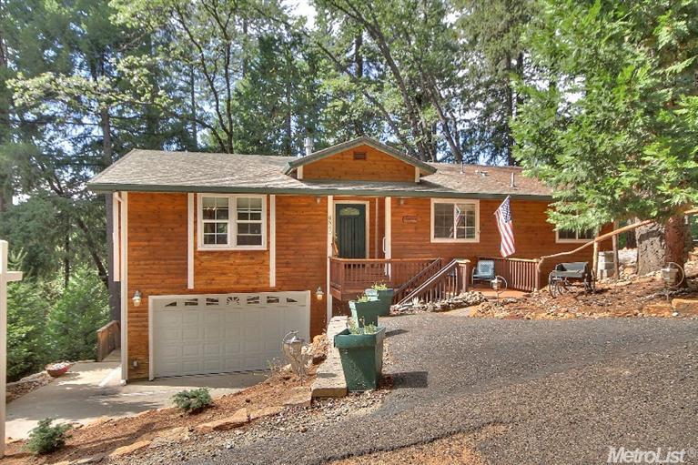 6540 Topaz Dr, Pollock Pines, CA