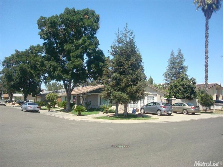3700 Whitfield Way, Modesto, CA
