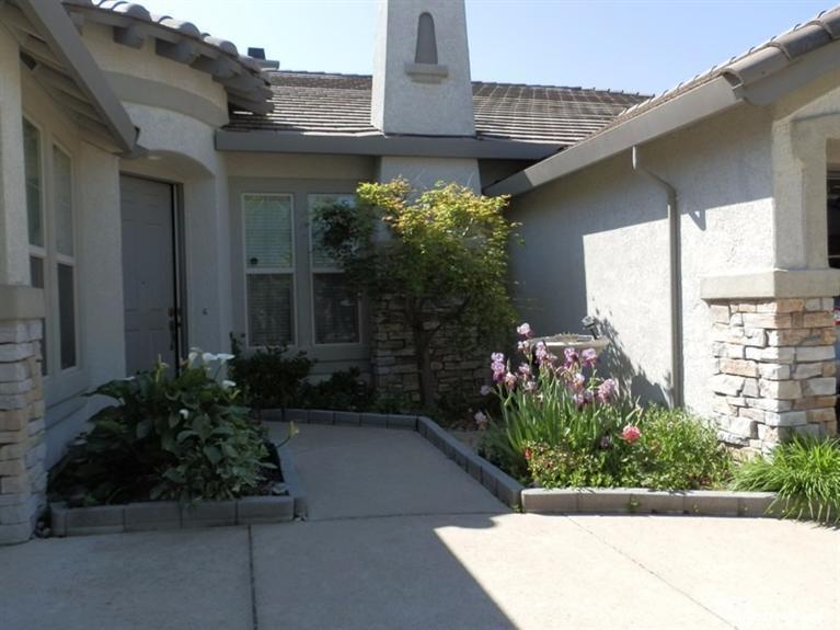 9593 Mainline Dr, Elk Grove, CA