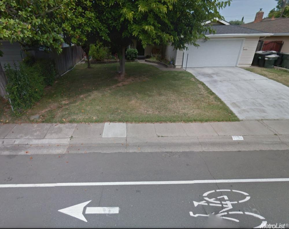 3198 Rosemont Dr, Sacramento, CA