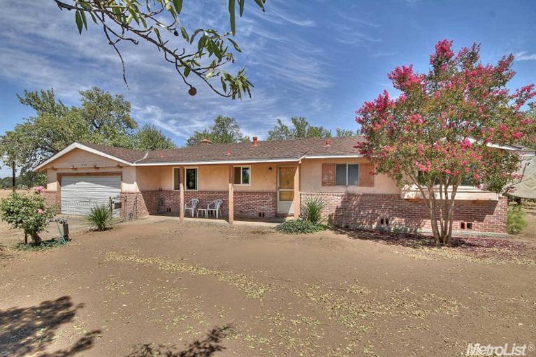 8370 Vineyard Ln, Roseville, CA