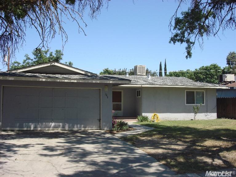 348 N Santa Ana St, Los Banos, CA