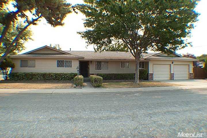 520 Parry Ave, Modesto, CA