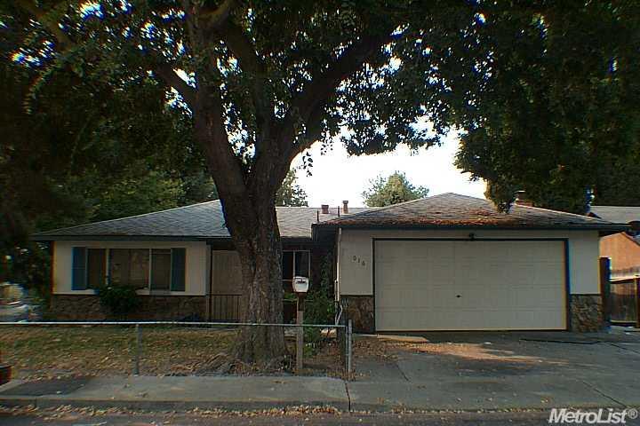 3016 Penny Ln, Modesto, CA