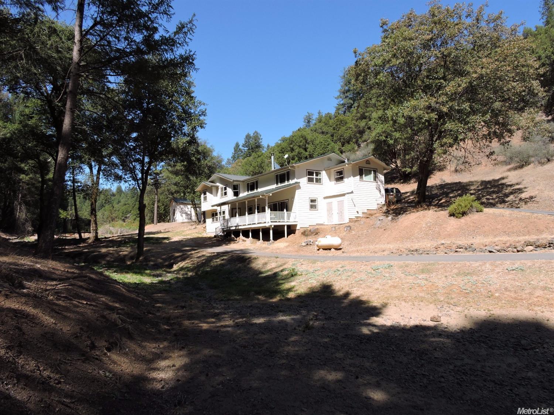 877 Maplewood Ln, Colfax, CA