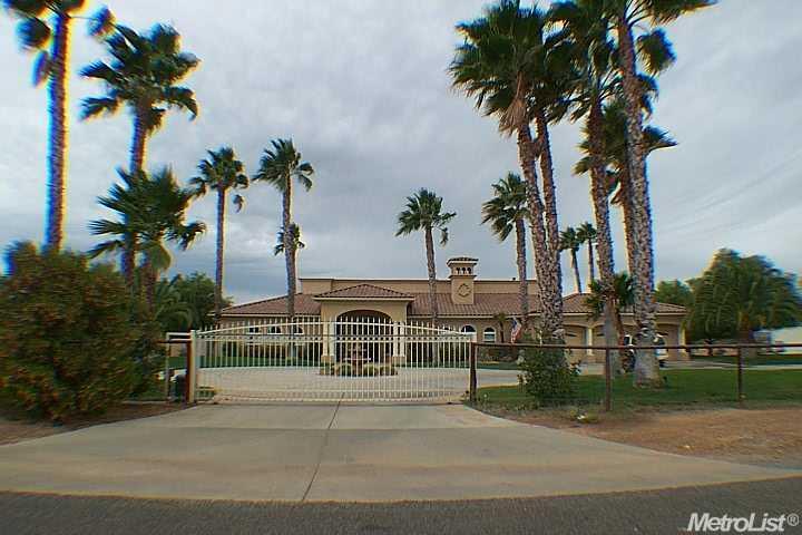 17301 Frymire Rd, Oakdale, CA