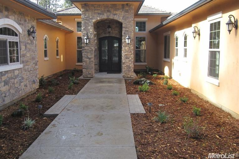 17100 Winchester Club Dr, Meadow Vista, CA