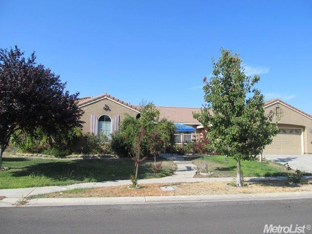 1225 Calypso Ranch Dr, Olivehurst, CA