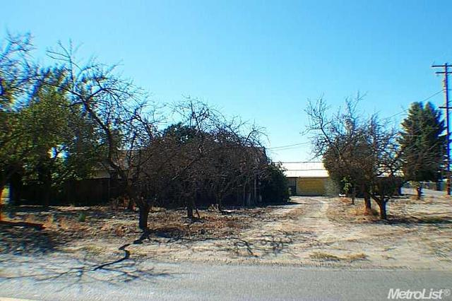 3400 Roeding Rd, Ceres, CA 95307