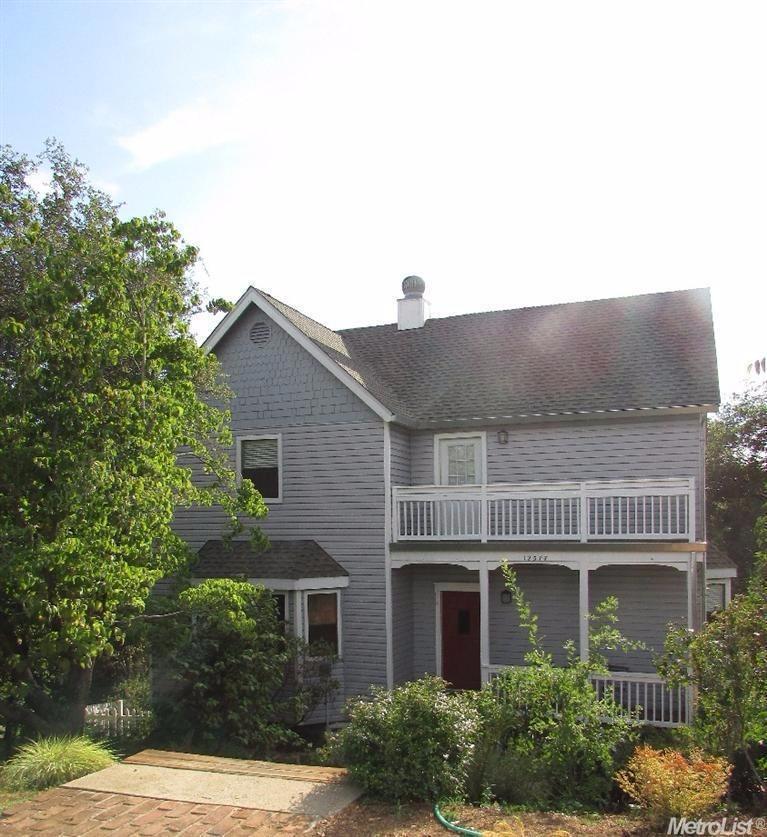 12577 Highland Dr, Auburn, CA
