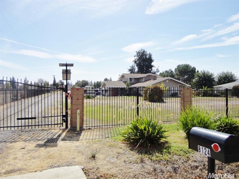 8124 N Stevenson Ave, Sacramento, CA