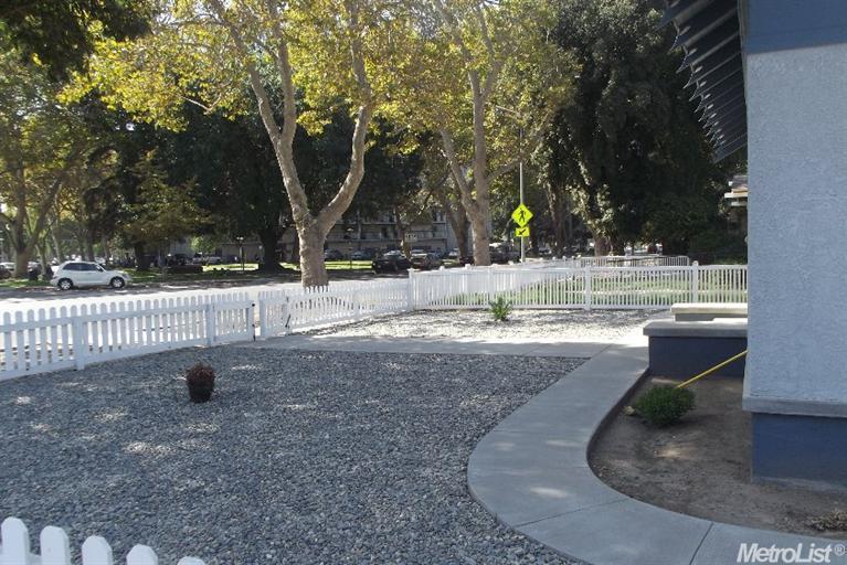 137 Downey Ave, Modesto, CA