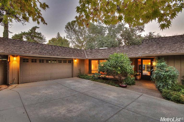 94 Covered Bridge Rd, Carmichael, CA