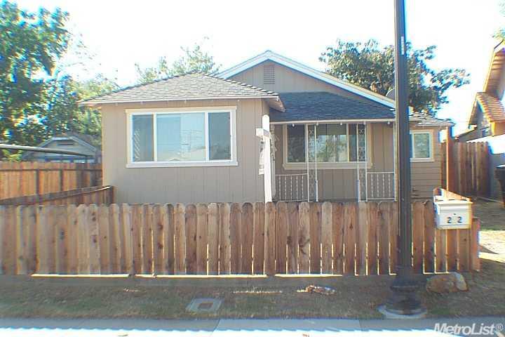 242 Santiago Ave, Sacramento, CA