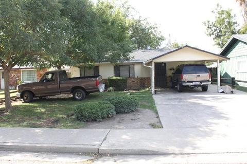 1102 Dos Palos Ave, Dos Palos, CA 93620