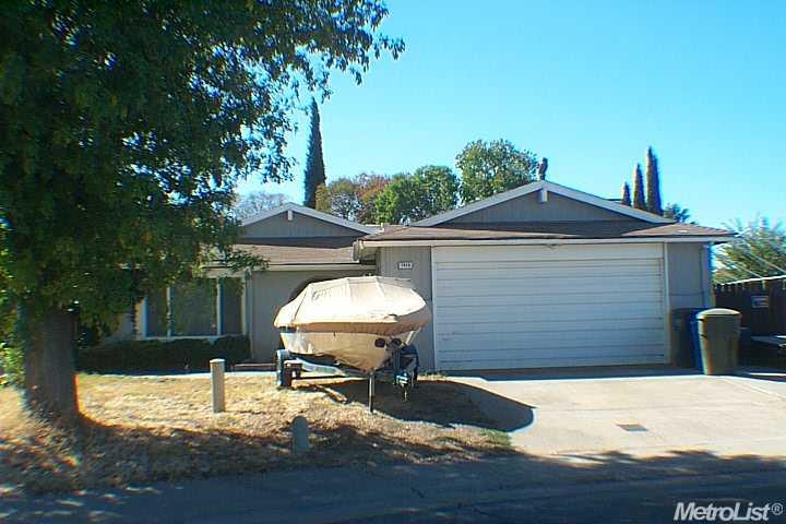 7916 Golden Field Way, Sacramento, CA