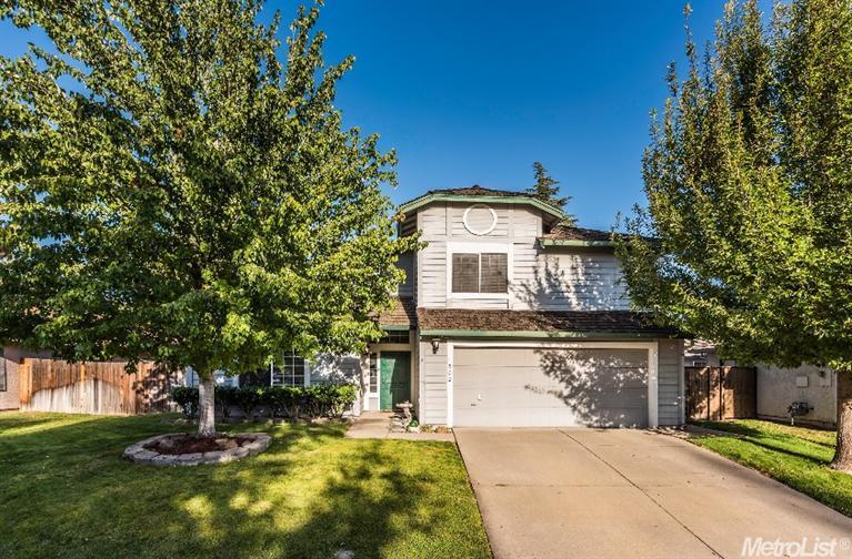 1502 Blue Ln, Roseville, CA