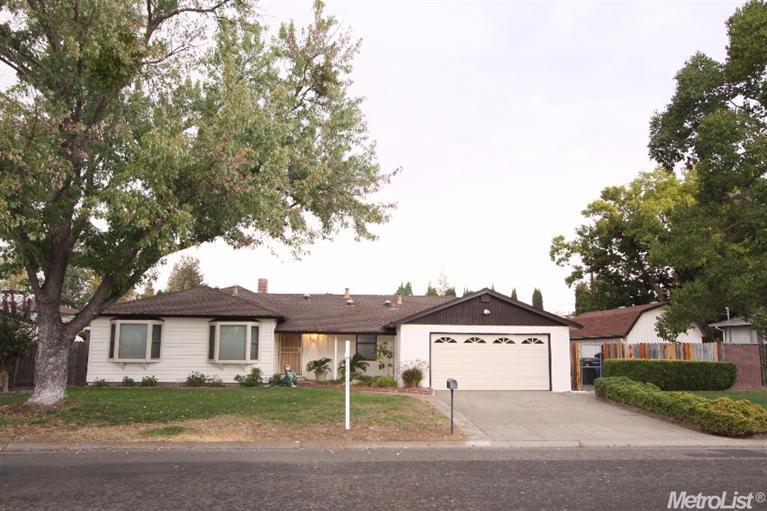 3940 Henderson Way, Carmichael, CA