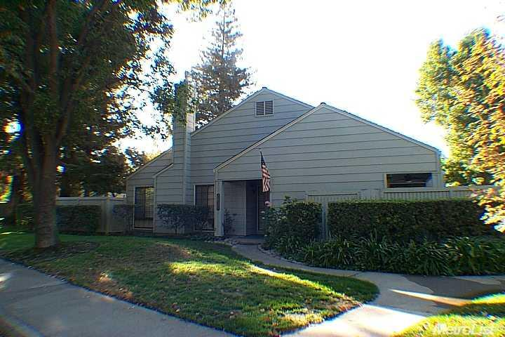 2852 Sherwood Ave #APT a, Modesto, CA