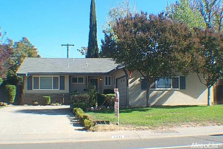6841 Bowling Dr, Sacramento, CA