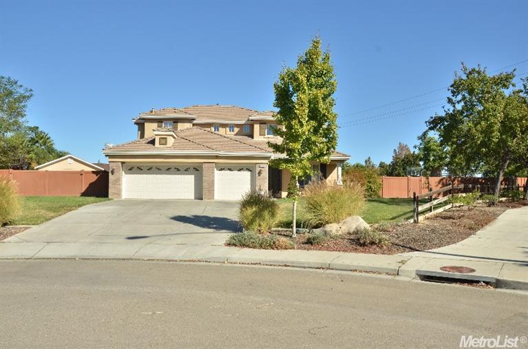 523 Ridgeview Ct, Tracy, CA