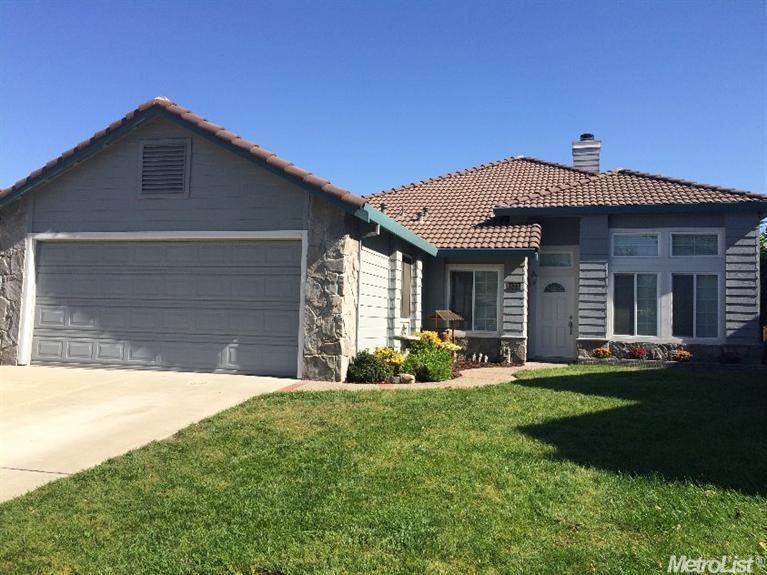 420 Lopez Ln, Tracy, CA