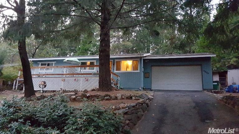 5606 Pennyroyal Dr, Pollock Pines, CA
