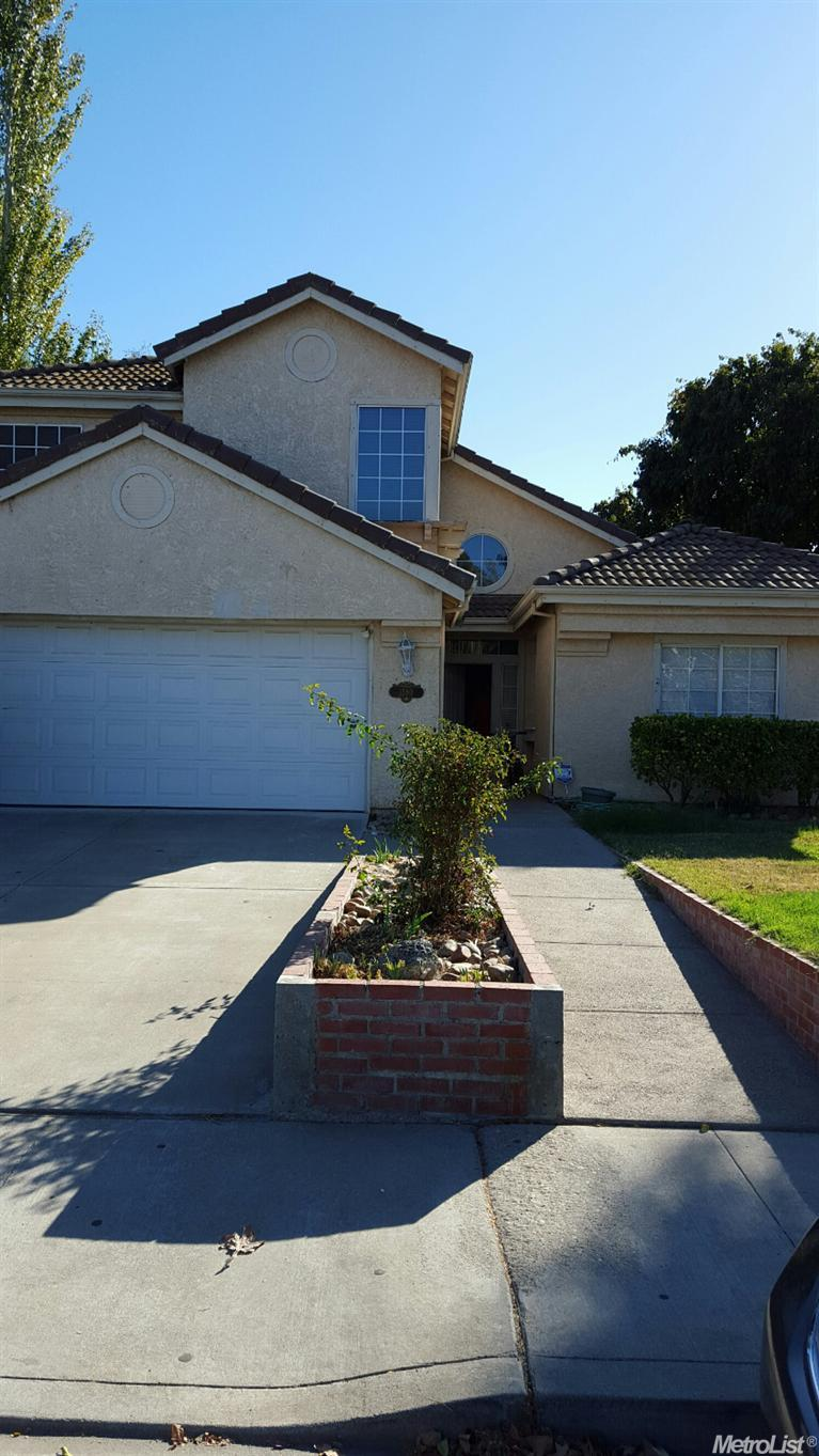1380 Tennis Ln, Tracy, CA
