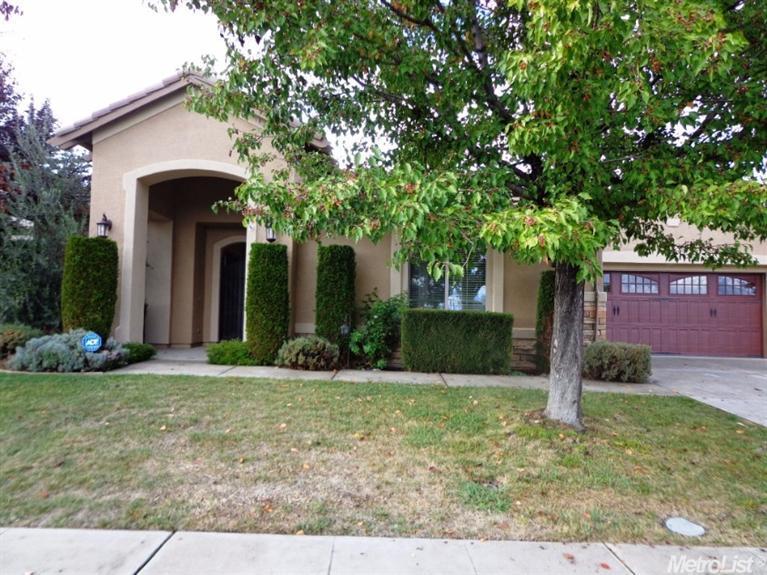 9561 Mainline Dr, Elk Grove, CA