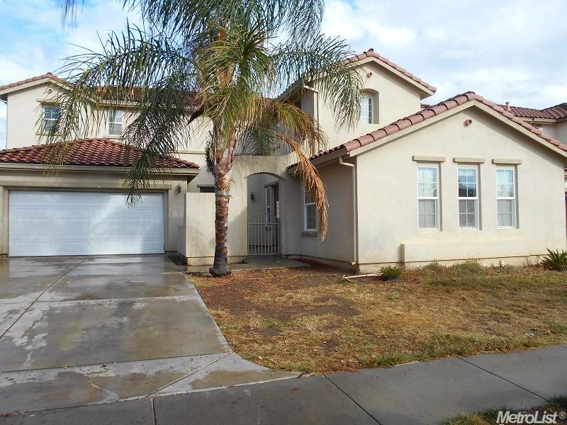 506 Henley Pkwy, Patterson, CA