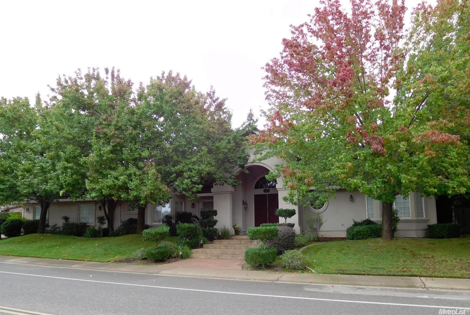 257 American River Canyon Dr, Folsom, CA