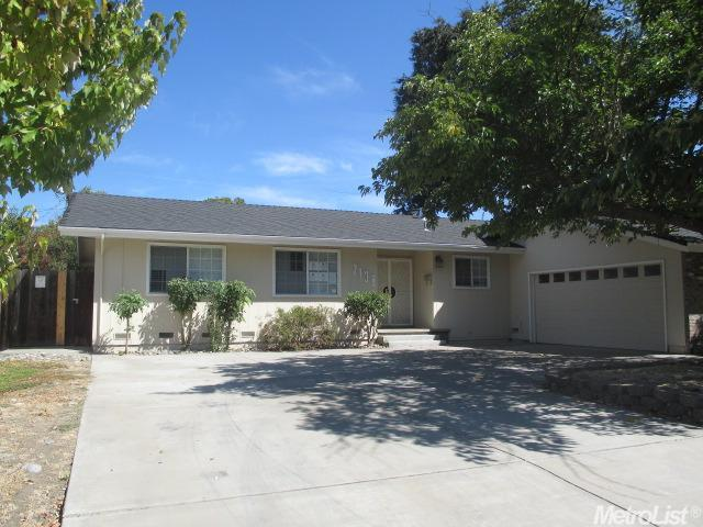 7138 Rosewood Dr, Stockton, CA