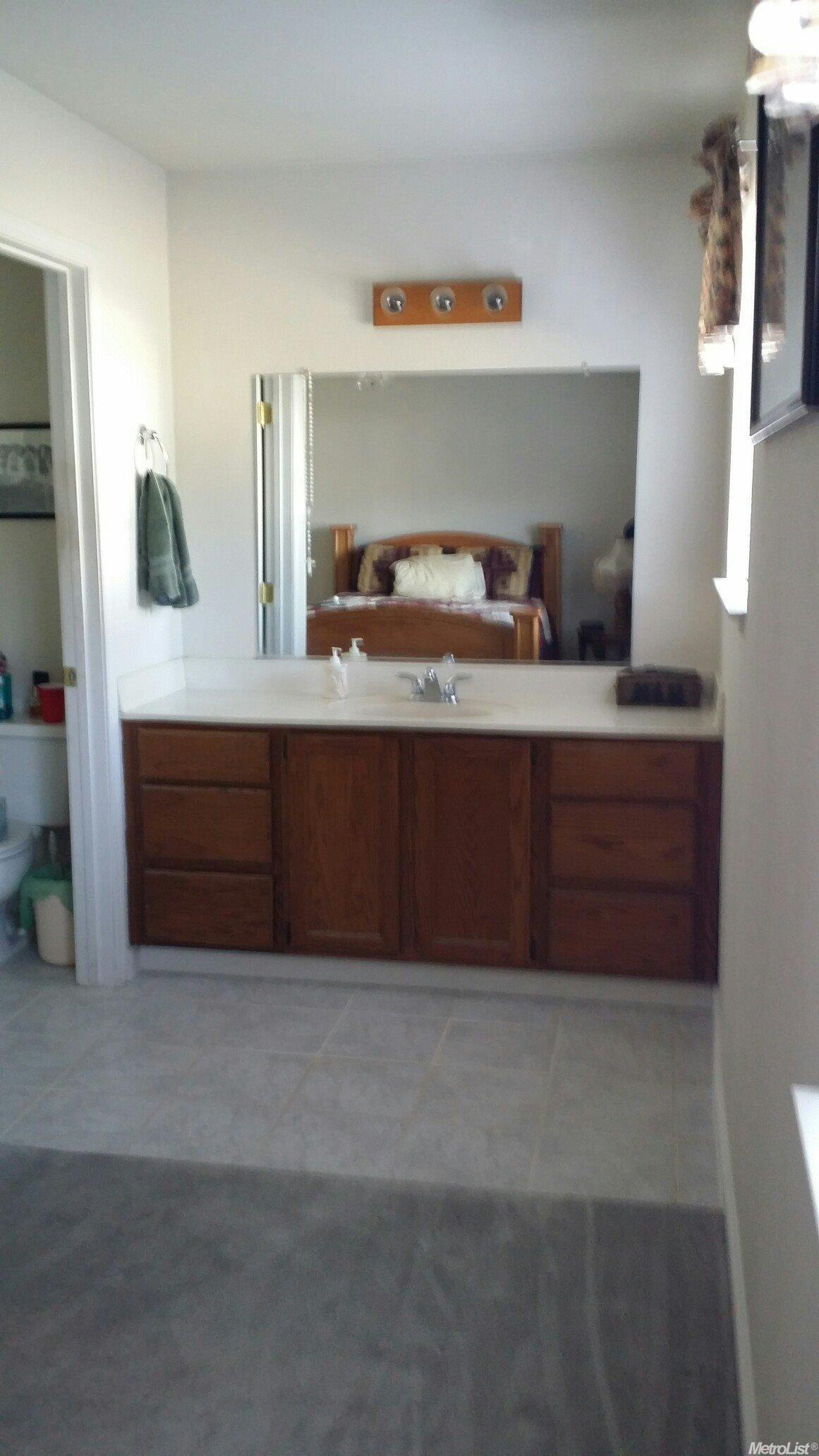 12853 Dorsey St, Waterford, CA