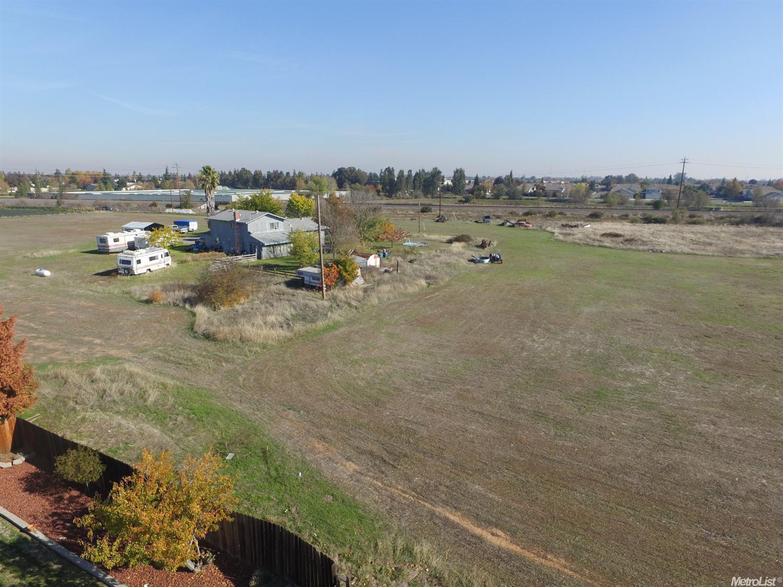 8694 Calvine, Sacramento, CA 95828