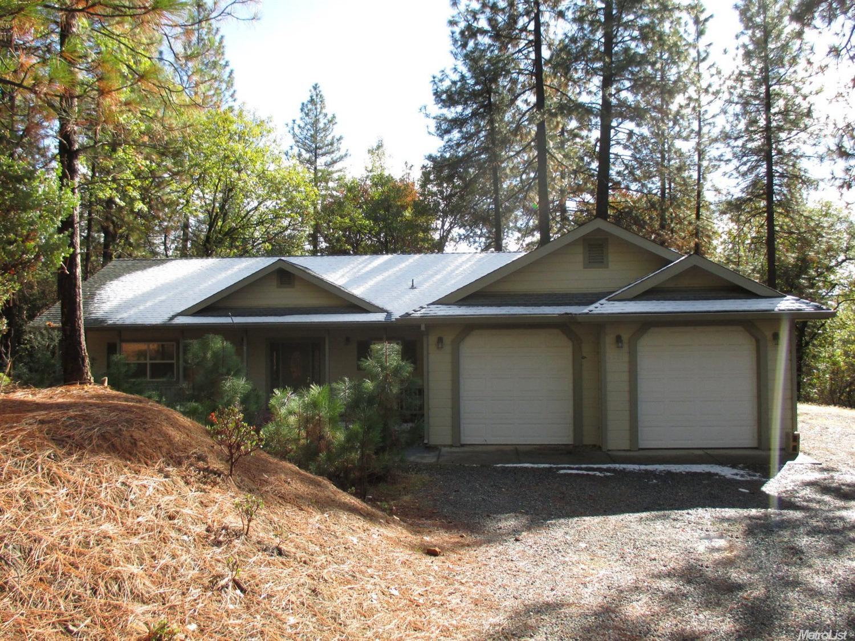 6221 Pine Needle Ln, Placerville, CA