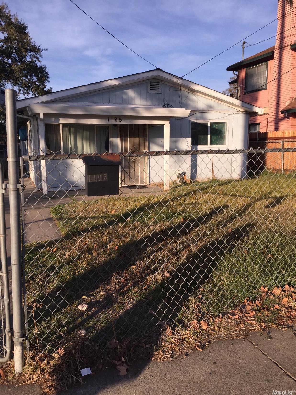 1195 Los Robles Blvd, Sacramento, CA