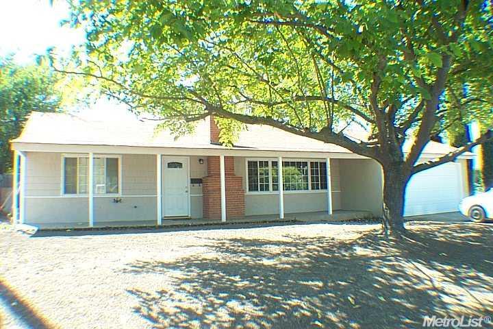 3936 Don Julio Blvd, North Highlands, CA