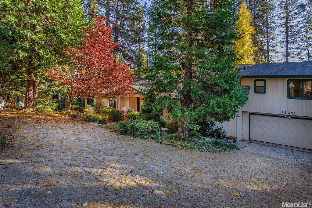 12251 Joann Way, Grass Valley, CA