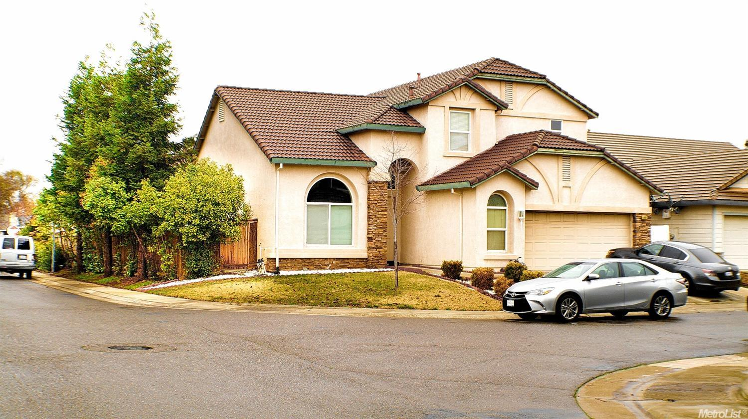 6901 Fox Cliff Way, Elk Grove, CA