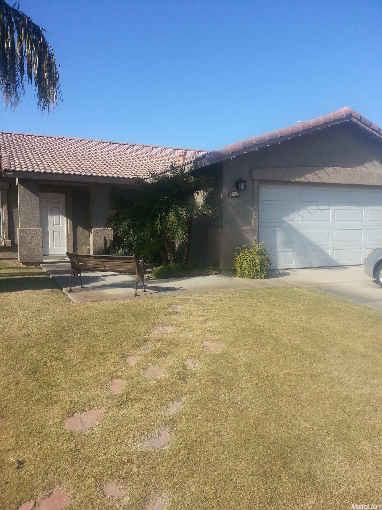 717 G Anaya, Calexico, CA
