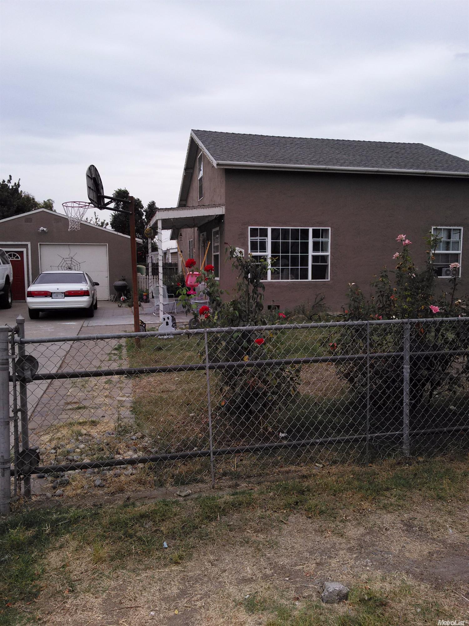 208 Joseph Rd, Manteca, CA