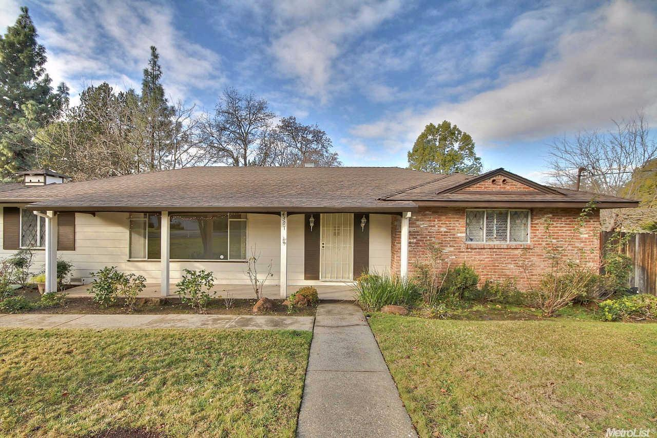 4301 Forest Hill Ct, Carmichael, CA